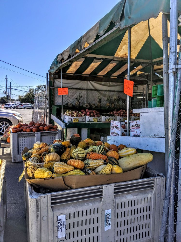 Farm Fresh Produce: 37 Holohan Rd, Watsonville, CA