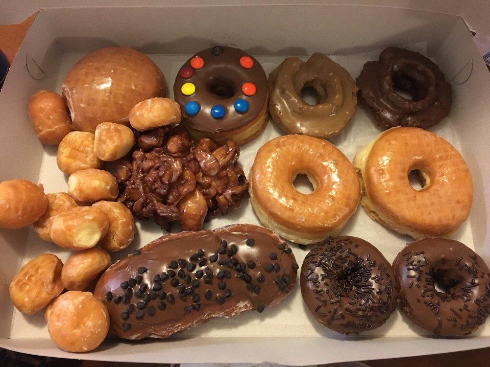 Victoria Donuts