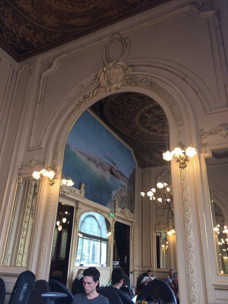 Miroir mon beau miroir yelp for Restaurant le miroir paris