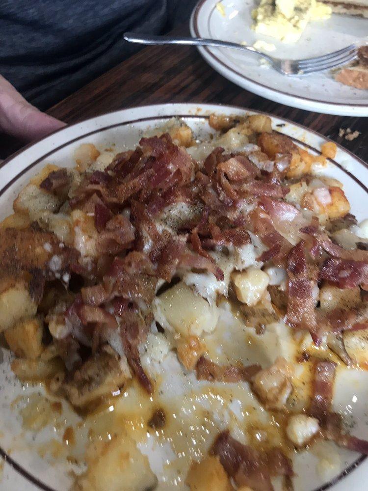 Billy Schu's Food Bar: 15 Seneca St, Hornell, NY