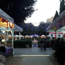 Foto Di Mercatino Di Natale Di Piazza Mazzini   Roma, Italia. Ora Sì Che