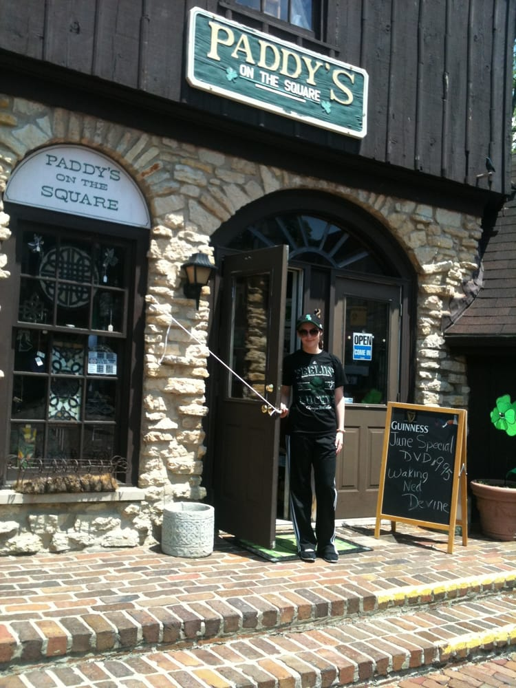 Paddy's On the Square: 228 Robert Parker Coffin Rd, Long Grove, IL