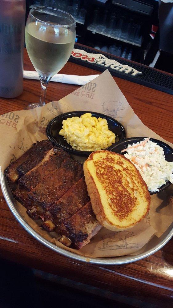 Sonny's BBQ: 4385 Park Blvd., Pinellas Park, FL