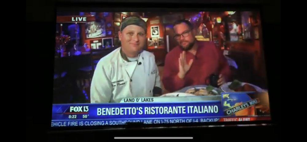 Benedetto's Italiano: 21529 Village Lake Shopping Center Dr, Land O' Lakes, FL