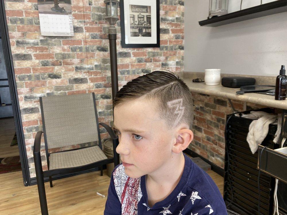J & P Barber Shop: 1014 W Gentile St, Layton, UT