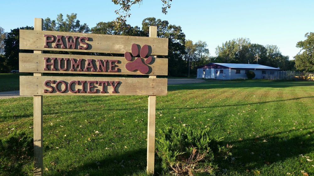 PAWS Humane Society: 303 Shaw Ave, Charles City, IA