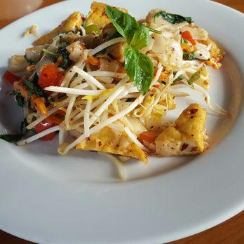Thai Restaurant High School Rd