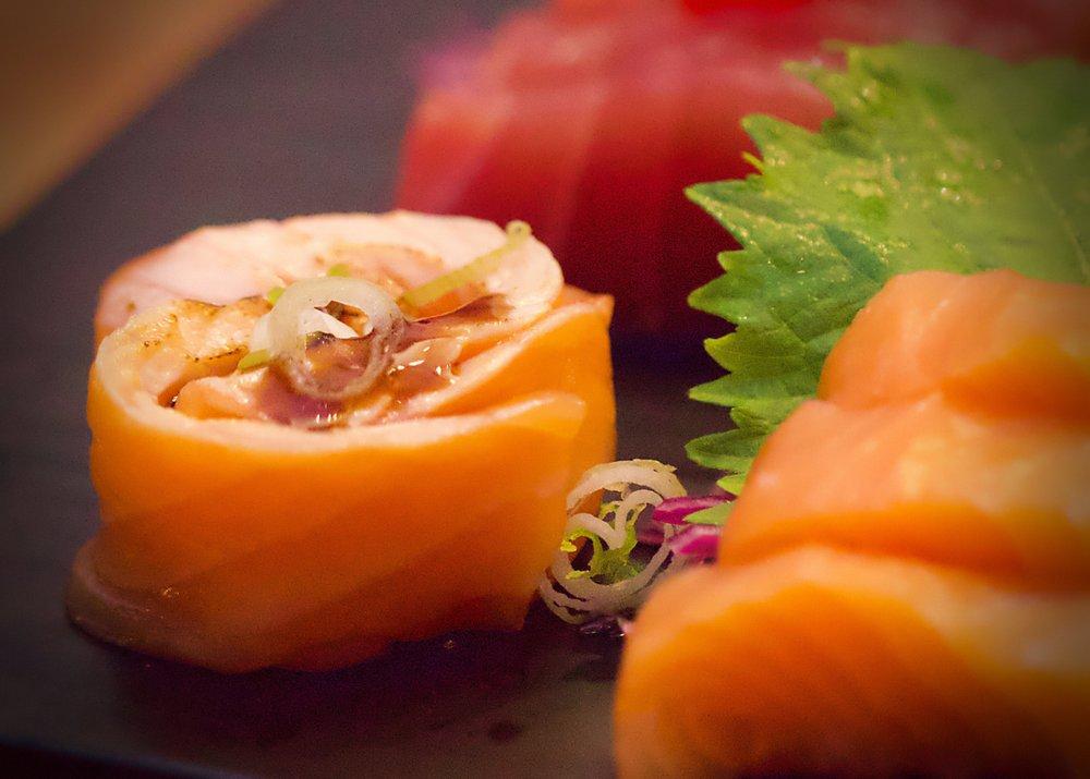 Ahi Sushi Bar