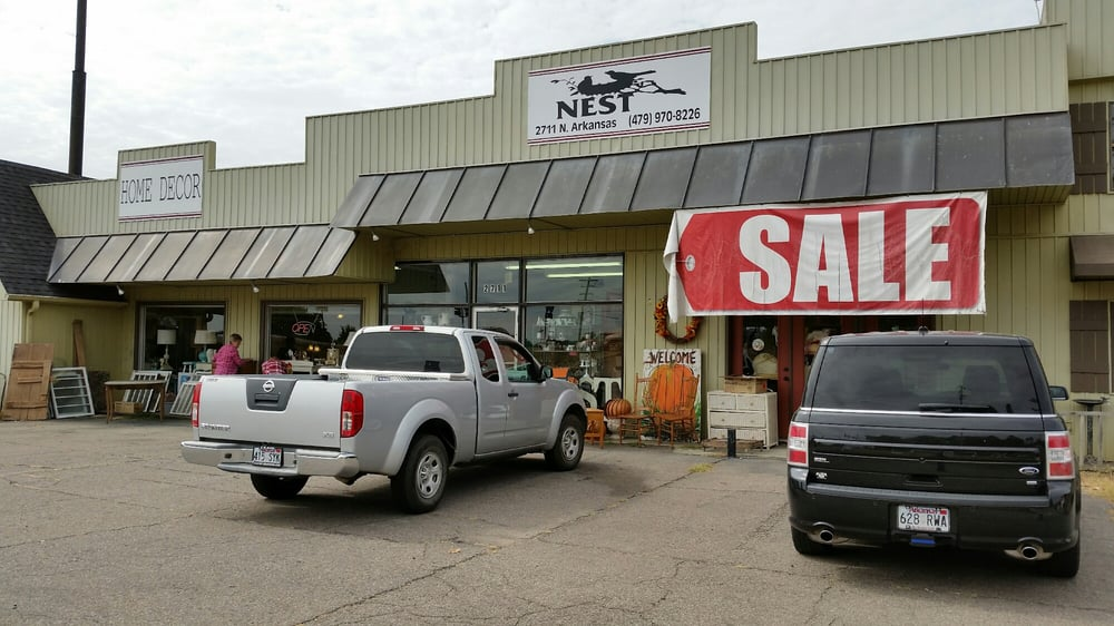 The Nest Antique Store: 2711 N Arkansas, Russellville, AR