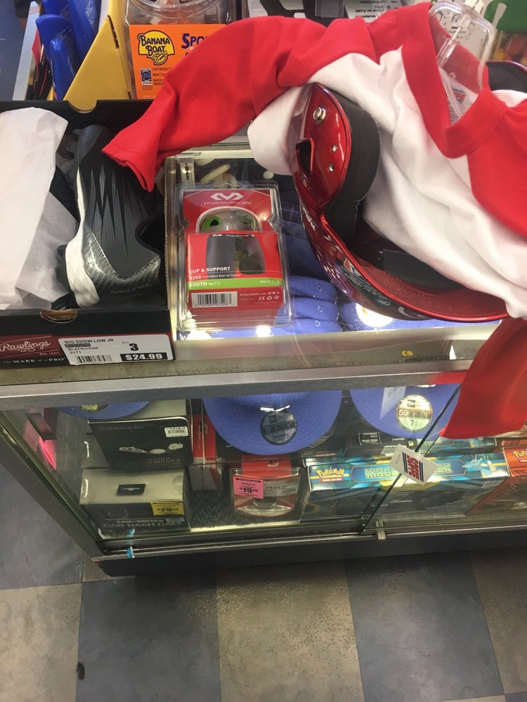 Big 5 Sporting Goods: 9100 Firestone Blvd, Downey, CA