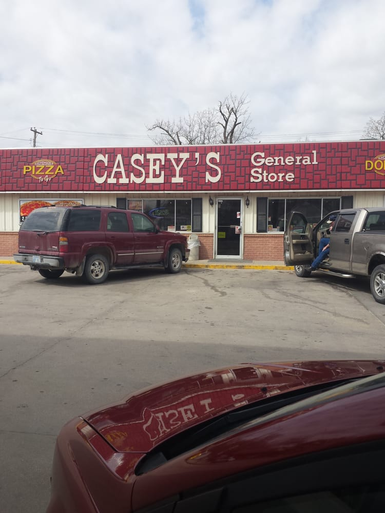 Casey's General Store: 101 N 10th St, Fredonia, KS