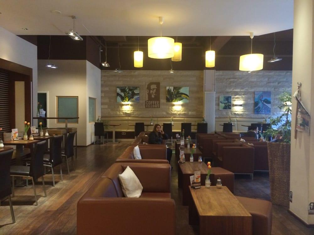 Cafe mit buchladen innendesign bilder  Cafe Mit Buchladen Innendesign Bilder ~ Die Besten Einrichtungsideen ...
