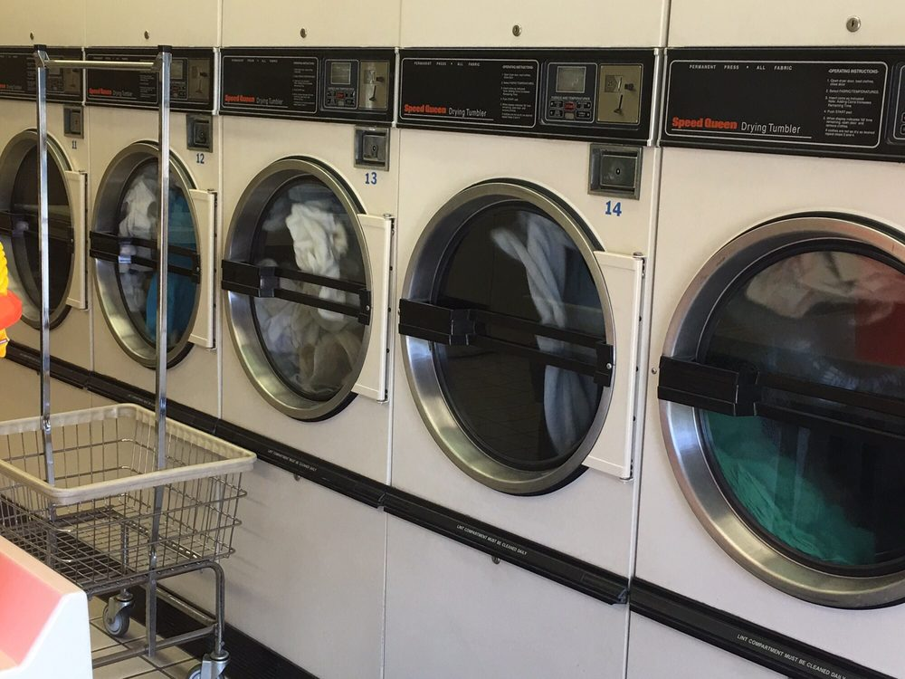 The Launderette: 112 Pontious Ln, Circleville, OH