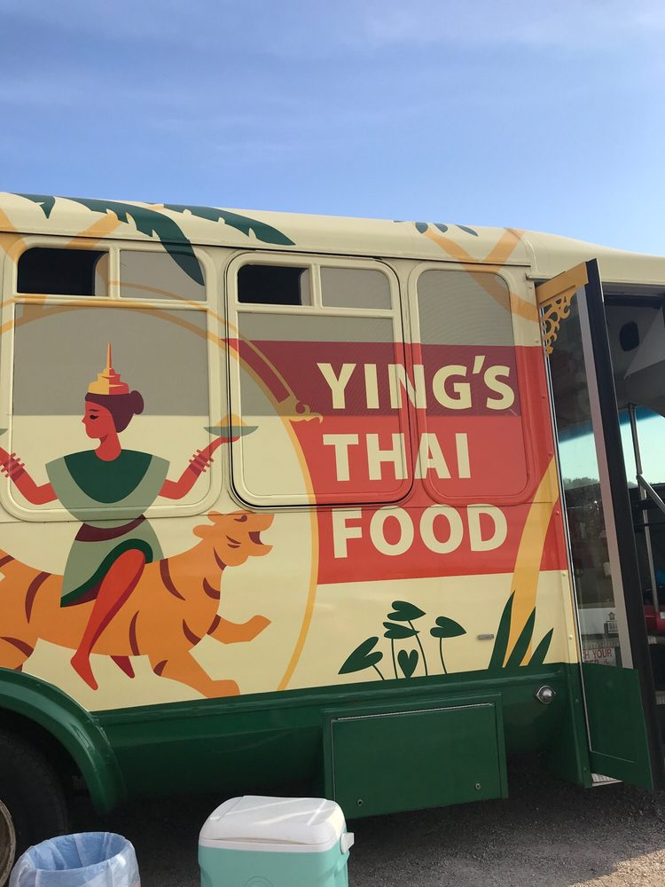 Ying's Thai Food: 201 N Forest Ave, Independence, MO