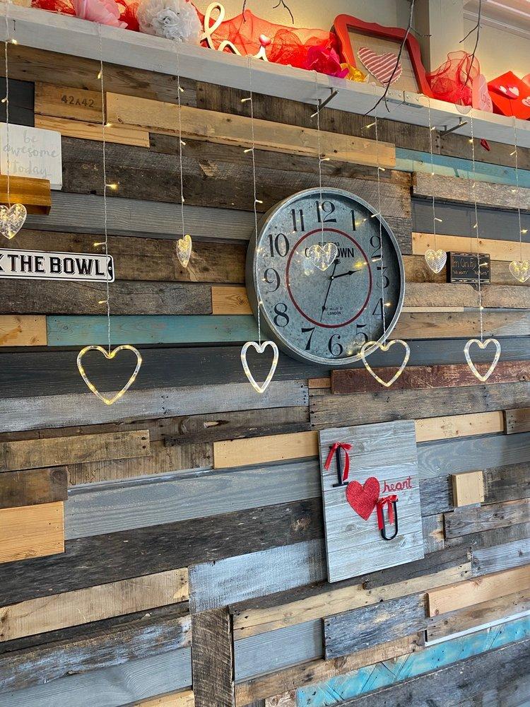 Your Appetites: 213 N Main St, Quitman, TX