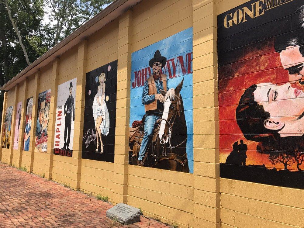 The Historic Loudon Theatre: 320 Grove St, Loudon, TN