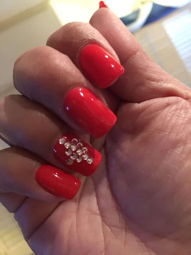 Luxury nails nail salons 1568 joe battle blvd el paso for Fish pedicure locations near me
