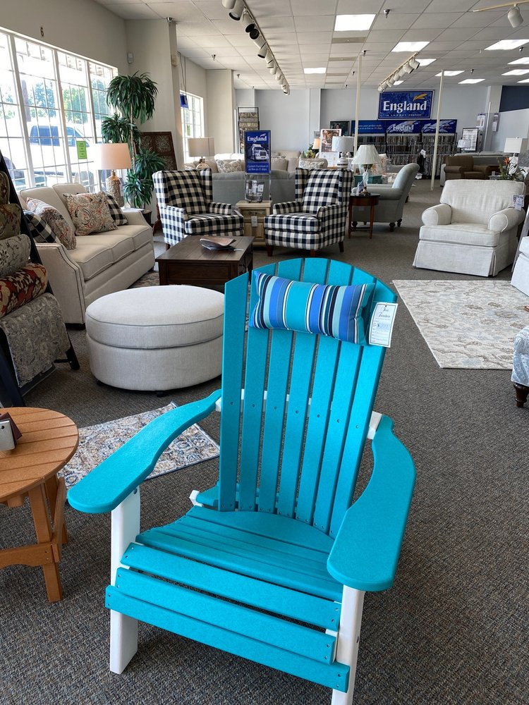 Ivor Furniture: 35569 General Mahone Blvd, Ivor, VA