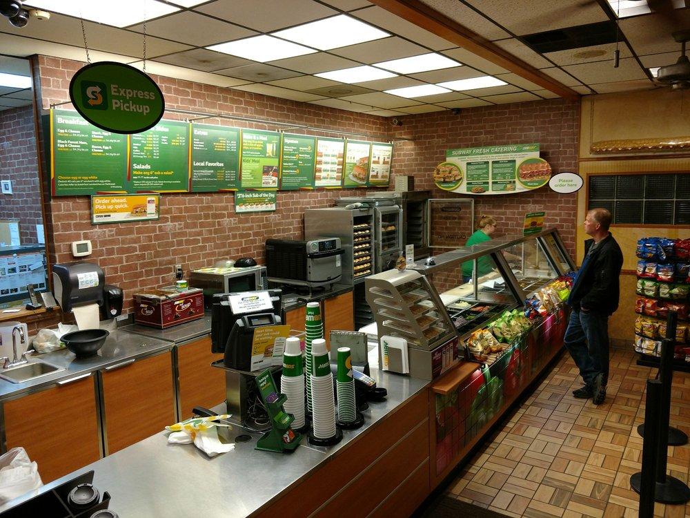 Subway: 23701 NE State Route 3, Belfair, WA