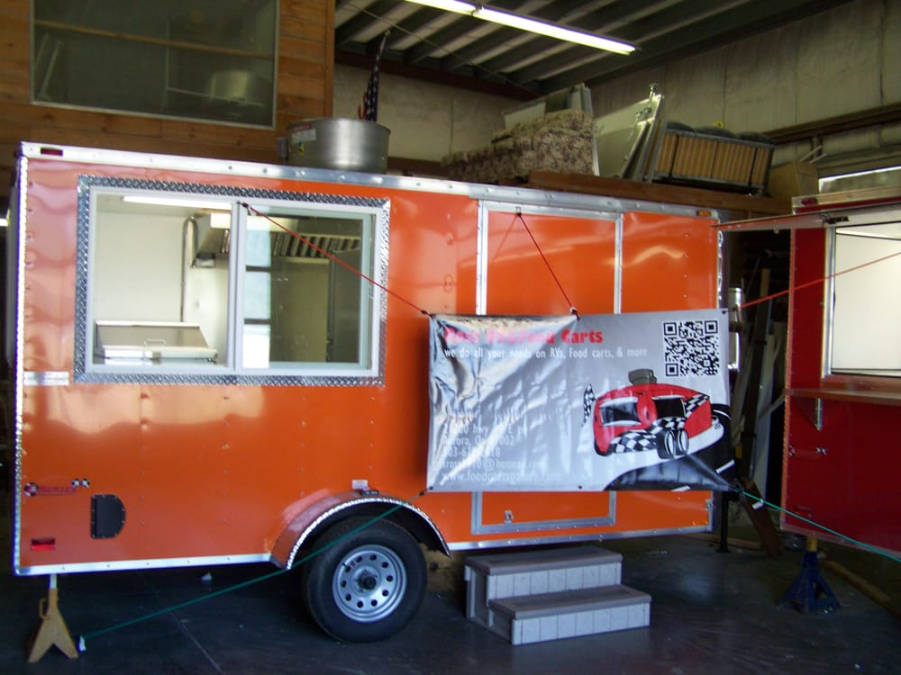 Food Carts Galore: 21200 Hwy 99e NE, Aurora, OR