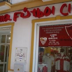 Tienda Sevilla Futbol Club CERRADO Ropa deportiva
