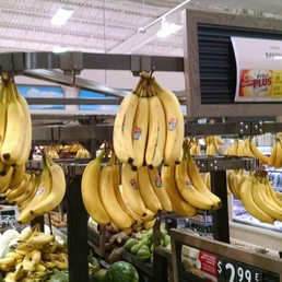 Photo of Shoprite of South Plainfield - South Plainfield, NJ, United  States. Bananas