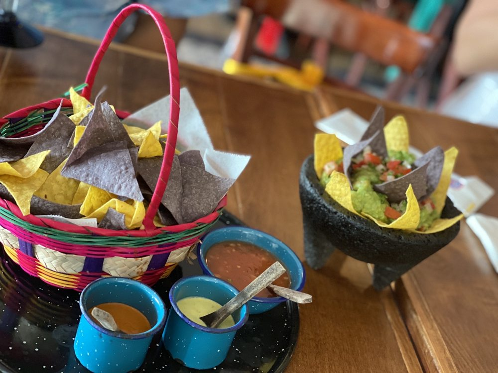 La Reyna - Authentic Mexican Cuisine