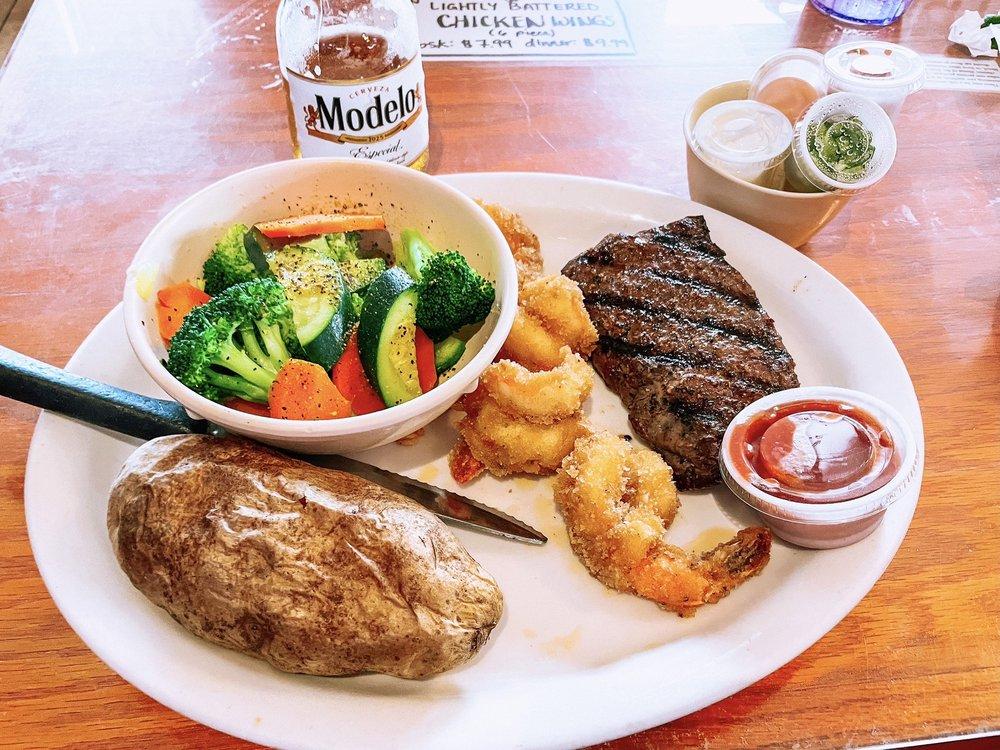 CR Surf & Turf Seafood and Steak: 601 E Whitestone Blvd, Cedar Park, TX