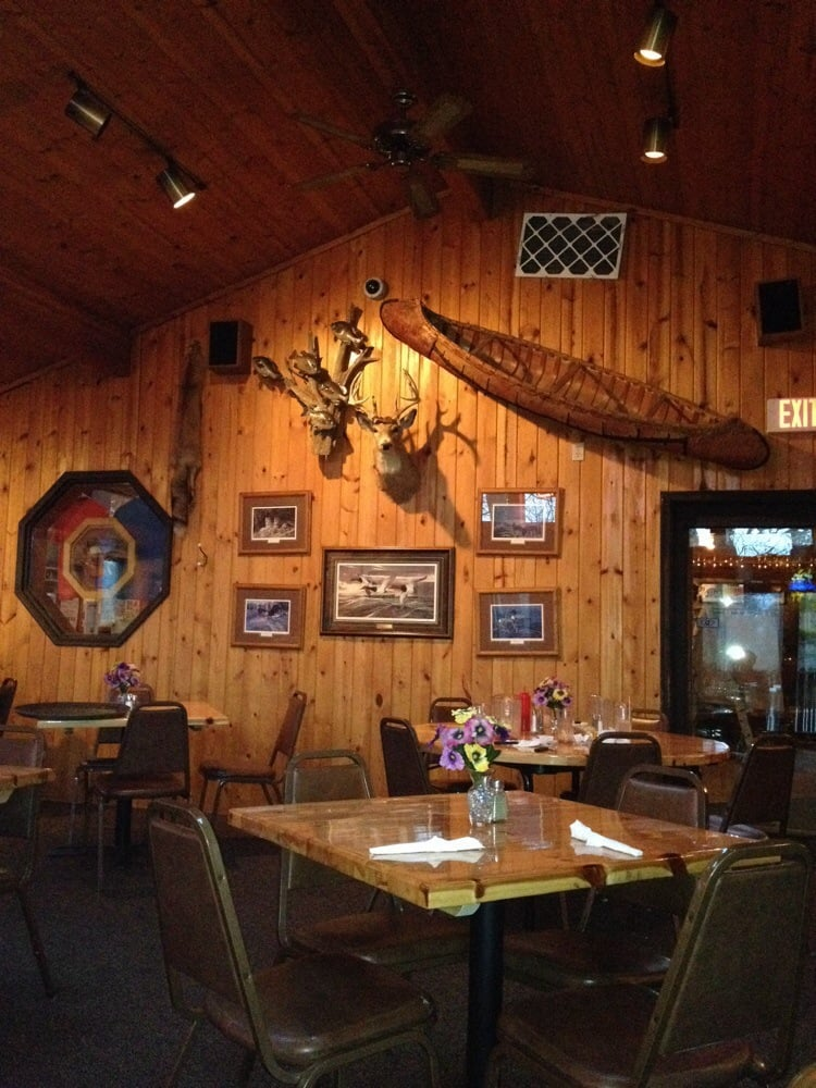 Hill Restaurant & Motel: 51506 State Hwy 46, Squaw Lake, MN