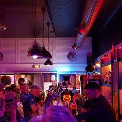 Photo Of King S Bar Calais France Bat Ambiance Chaleureuse Et Conviviale