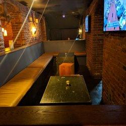 P O Of Six Feet Under Gastropub Philadelphia Pa United States Big Seating
