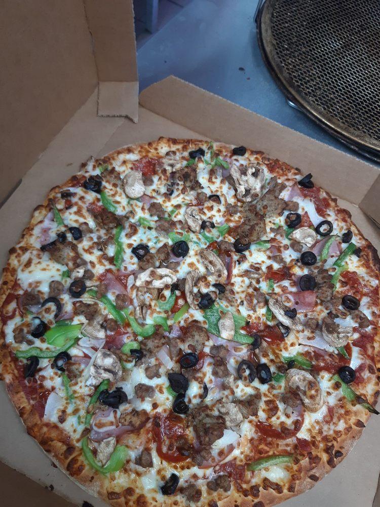 Domino's Pizza: 101 E Higway 90, Dayton, TX
