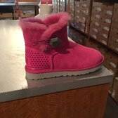 ugg outlet wrentham mass