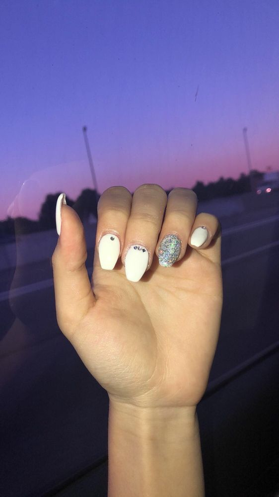 New York Nail: 672 Forest Ave, Staten Island, NY
