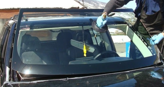 Tommys Auto Glass & Windshield Repair: 6392 Babcock Rd, San Antonio, TX