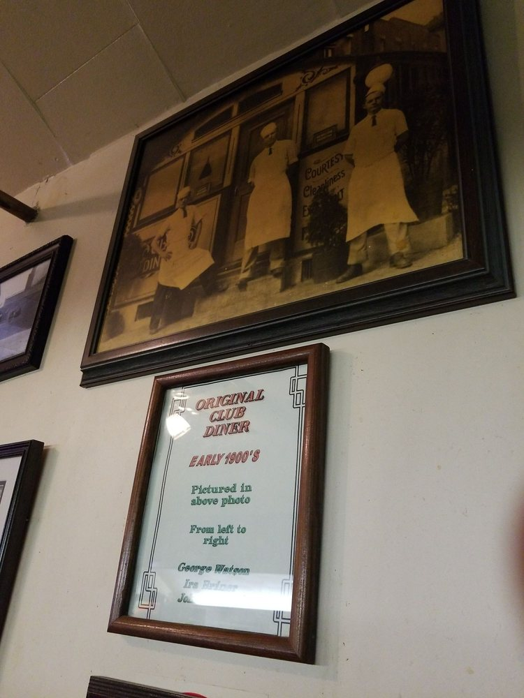 The Trolley Car Cafe: 15 E Market St, Lewistown, PA