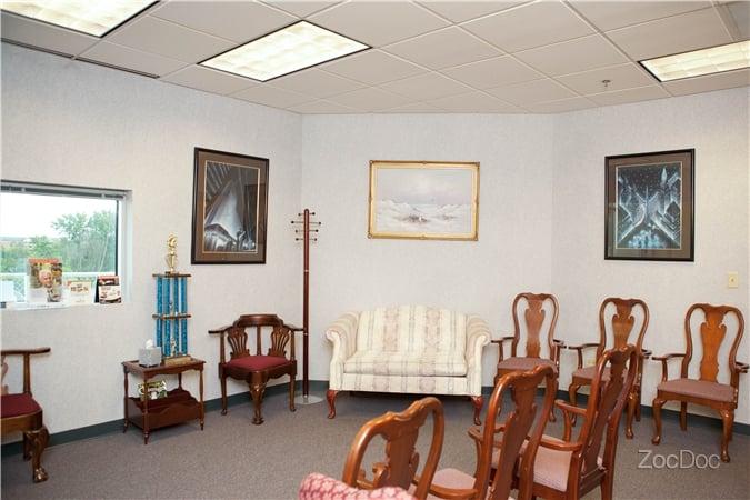 Neurology Consultants: 3330 W 177th St, Hazel Crest, IL