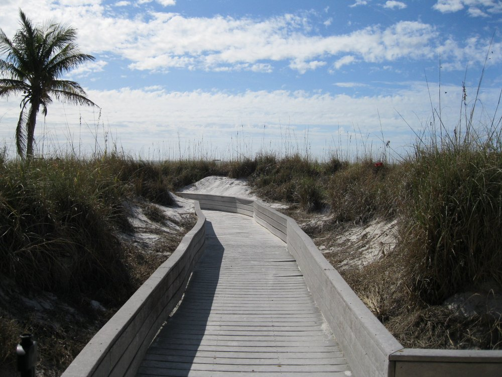Gulf Gate Resort: 111 50th Ave W, Saint Pete Beach, FL