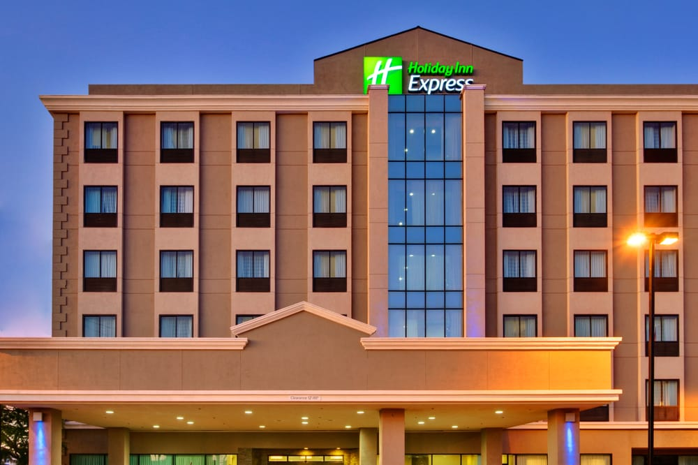 Holiday Inn Express Los Angeles Lax Airport 60 Photos 116 Reviews Venues Event Es 8620 Blvd Westchester