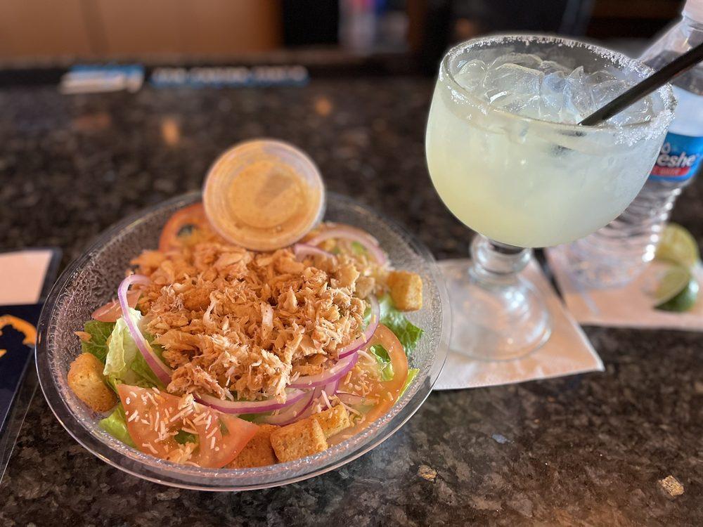 Hook & Reel Cajun Seafood & Bar: 6626 Ritchie Hwy, Glen Burnie, MD