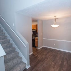 Woods Of Post House Contact Agent Apartments 39 Thistlewood Dr