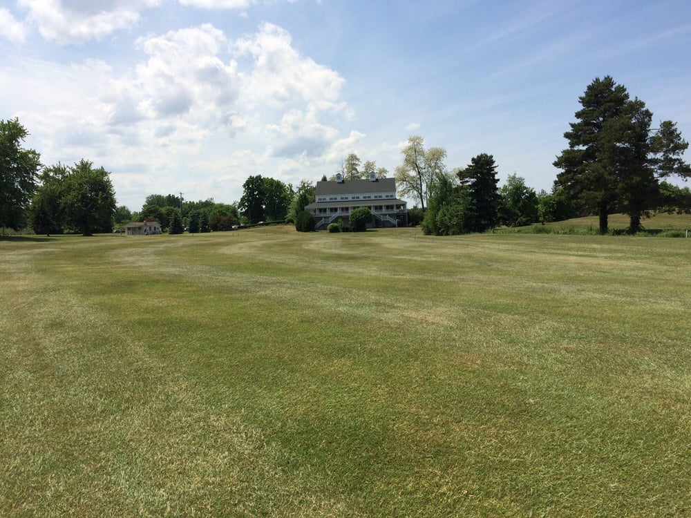 Niagara Orleans Country Club: Telegraph Rd, Middleport, NY