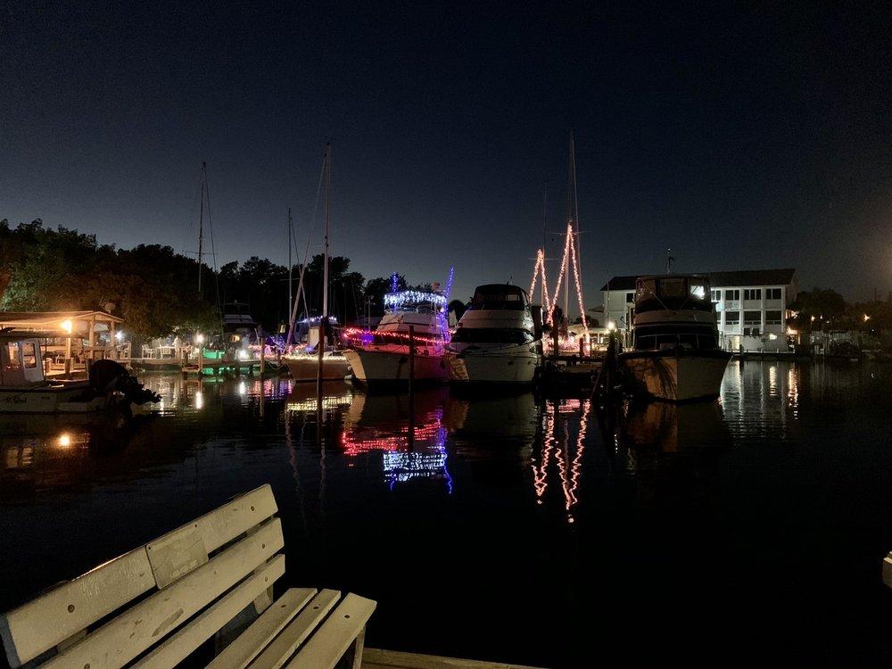 Englewood Beach and Yacht Club (FL) - Slideshow Image 2