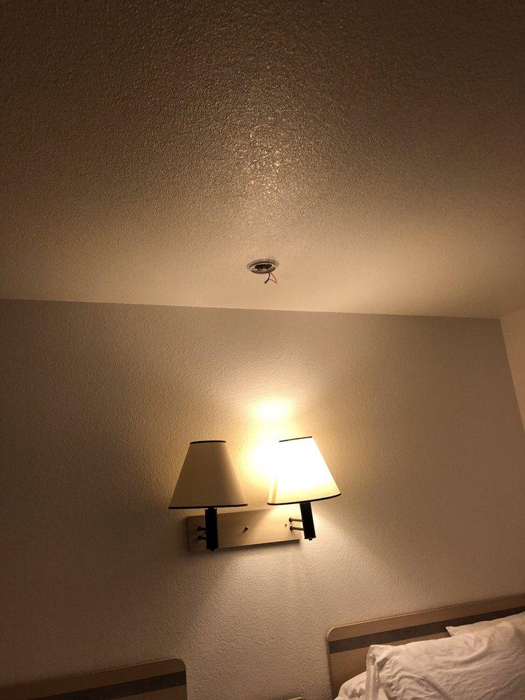 Motel 6: 1800 W Winnemucca Blvd, Winnemucca, NV