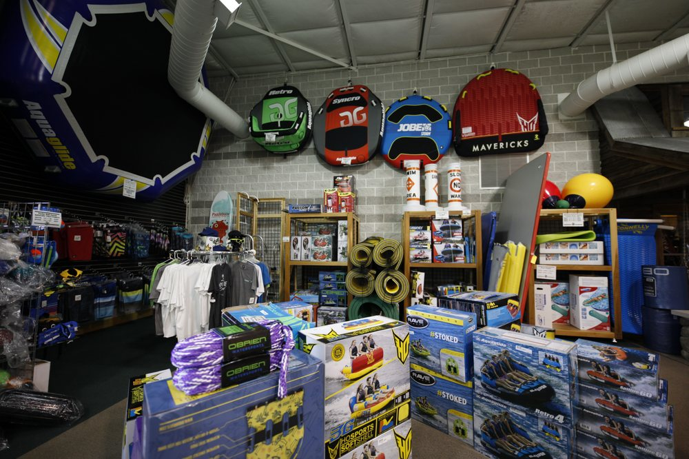 Bart's Water Sports Store: 7581 E 800th N, North Webster, IN