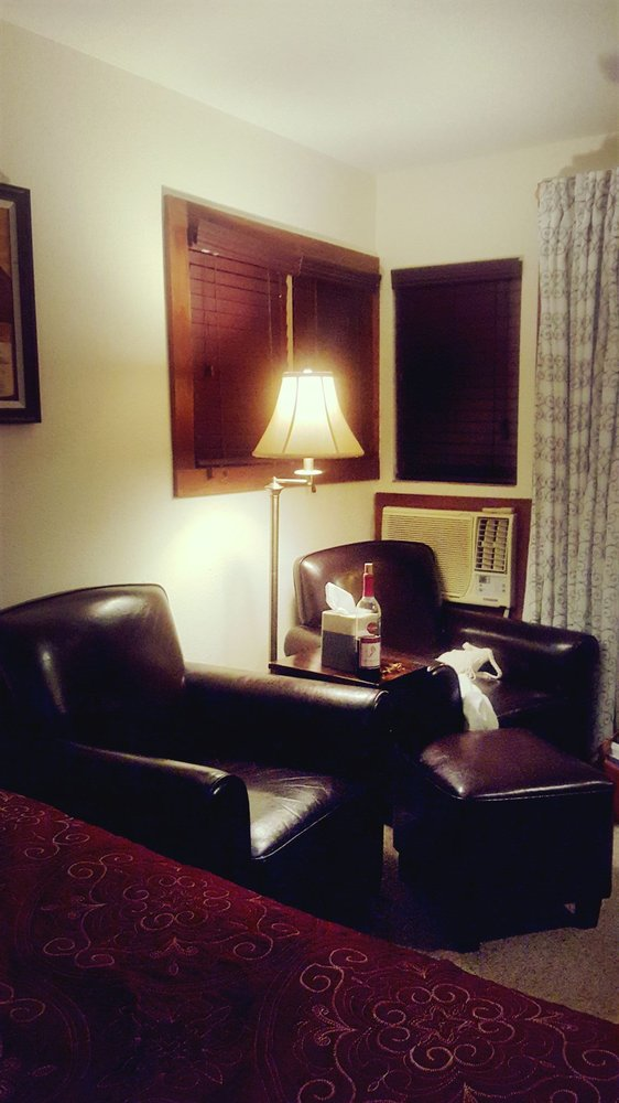 comfy chairs to relax in yelp. Black Bedroom Furniture Sets. Home Design Ideas