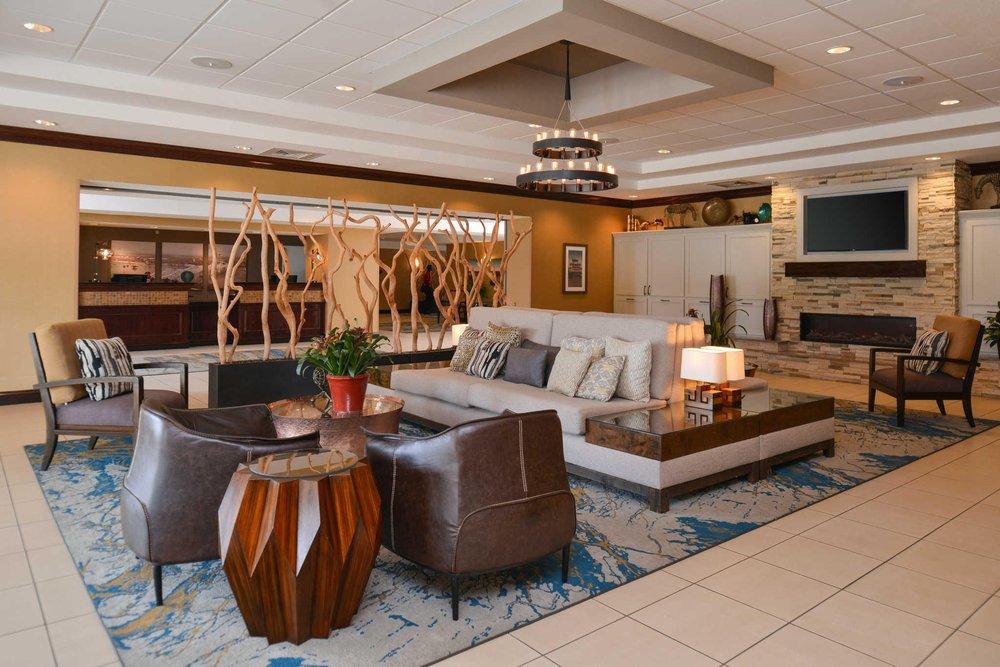 Hotel Vue, an Ascend Hotel Collection Member: 130 John R Junkin Drive, Natchez, MS