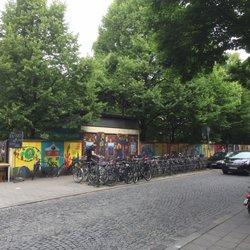 Hofflohmarkt Am Glockenbach Marche Aux Puces Holzstr 43