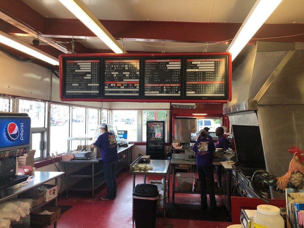Carter's Fried Chicken: 1124 E Shotwell St, Bainbridge, GA