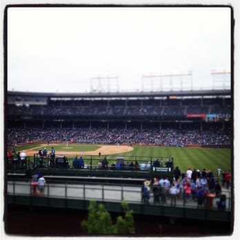 Ricketts buys three more Wrigley rooftops, unveils new ticket site ...